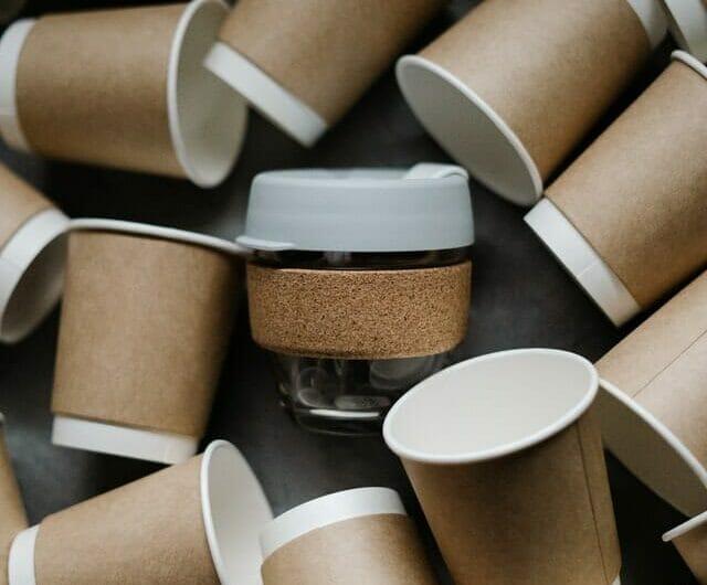 Comment sont fabriqués les gobelets en carton ?